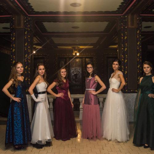 ruha-divat-stilus-still-design-mireasa-kollekciok-divat-tervezo-ruha-tervezo-angela-ordogh-marosvasarhely-targu-mures-designer-cluj-15